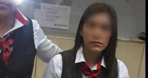 Tras robo de 76 mil pesos, Fiscalía investiga a cajera de Santander