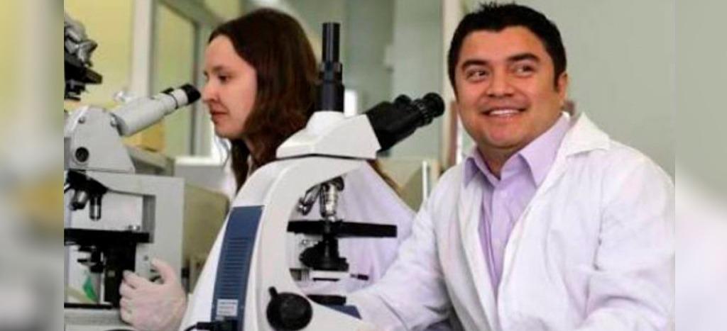 Científico zapoteco detenido en EU admite ser espía ruso desde el Mundial de Futbol | Video