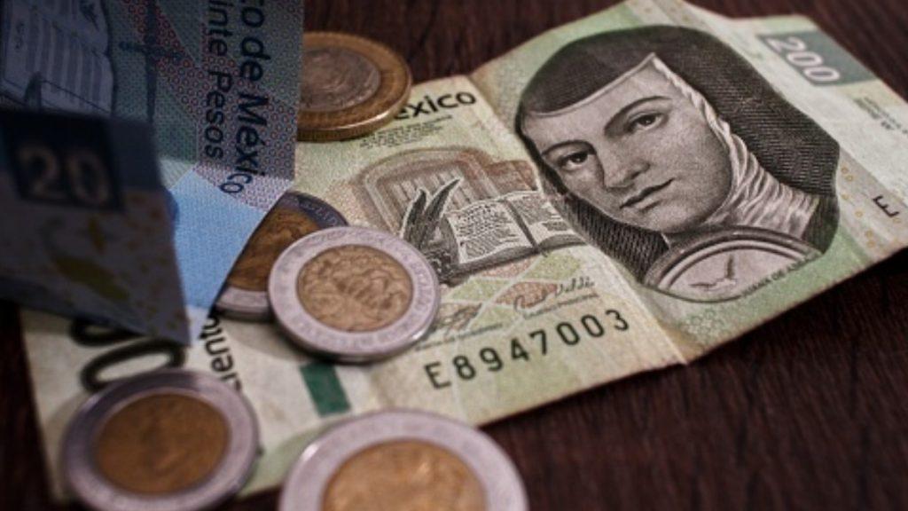 Economía mexicana crecería menos de lo previsto este año: Banxico