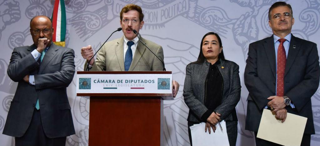 Partidos de oposición se unen para impugnar designación de John Ackerman